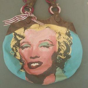 b2ab6bb86206 Women Marilyn Monroe Handbags on Poshmark